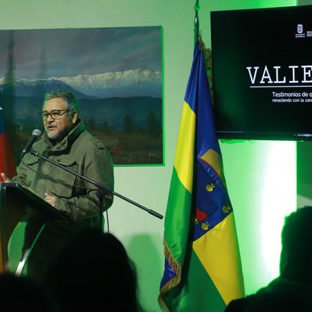"""Con emotiva ceremonia se realizó lanzamiento del libro """"Valientes"""""""