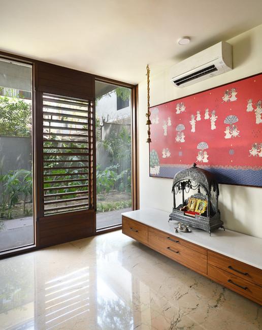 KE12 House-Puja.JPG