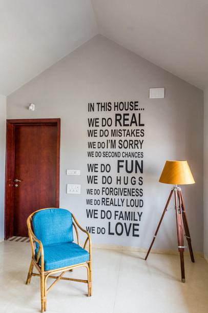 KBG Getaway_ID_Upper Level Lounge_Wall T