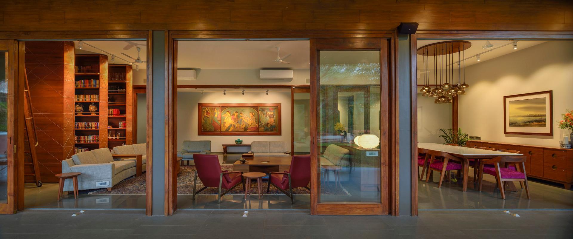Living dining area from verandah.JPG