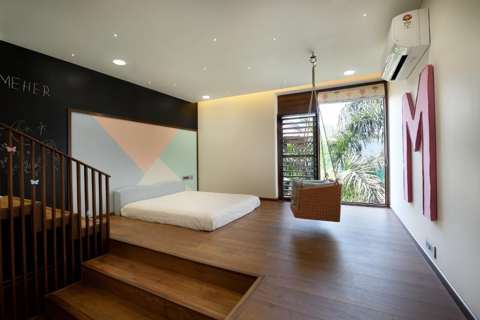 KE12 House-Kids Room.JPG