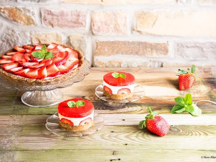Deux versions de dessert cru à la fraise !