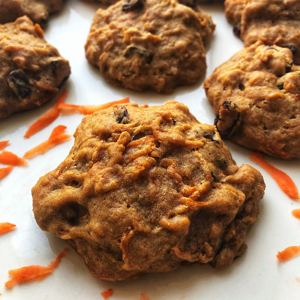 Low sugar spicy carrot cake cookies