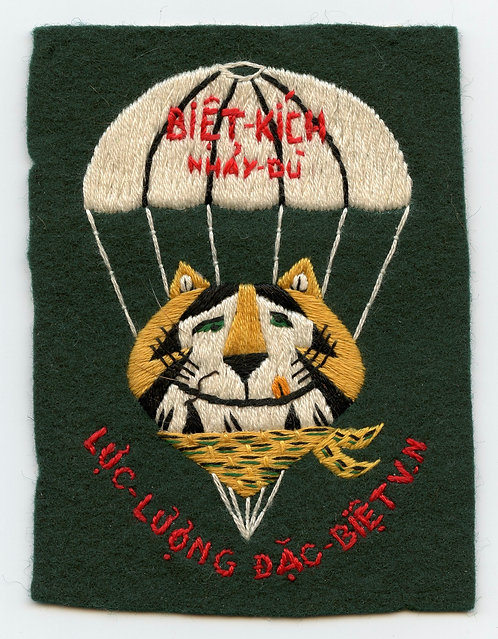 1962 Luc Luong Dac Biet (LLDB) Tony The Tiger Patch
