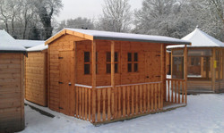 Pent made to measure summerhouse