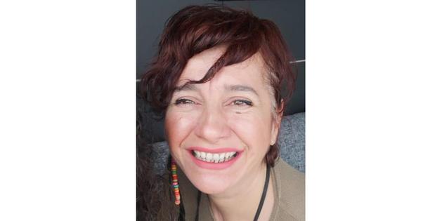 Selda Özer ile Tiyatro ve Bergama Üzerine Röportaj