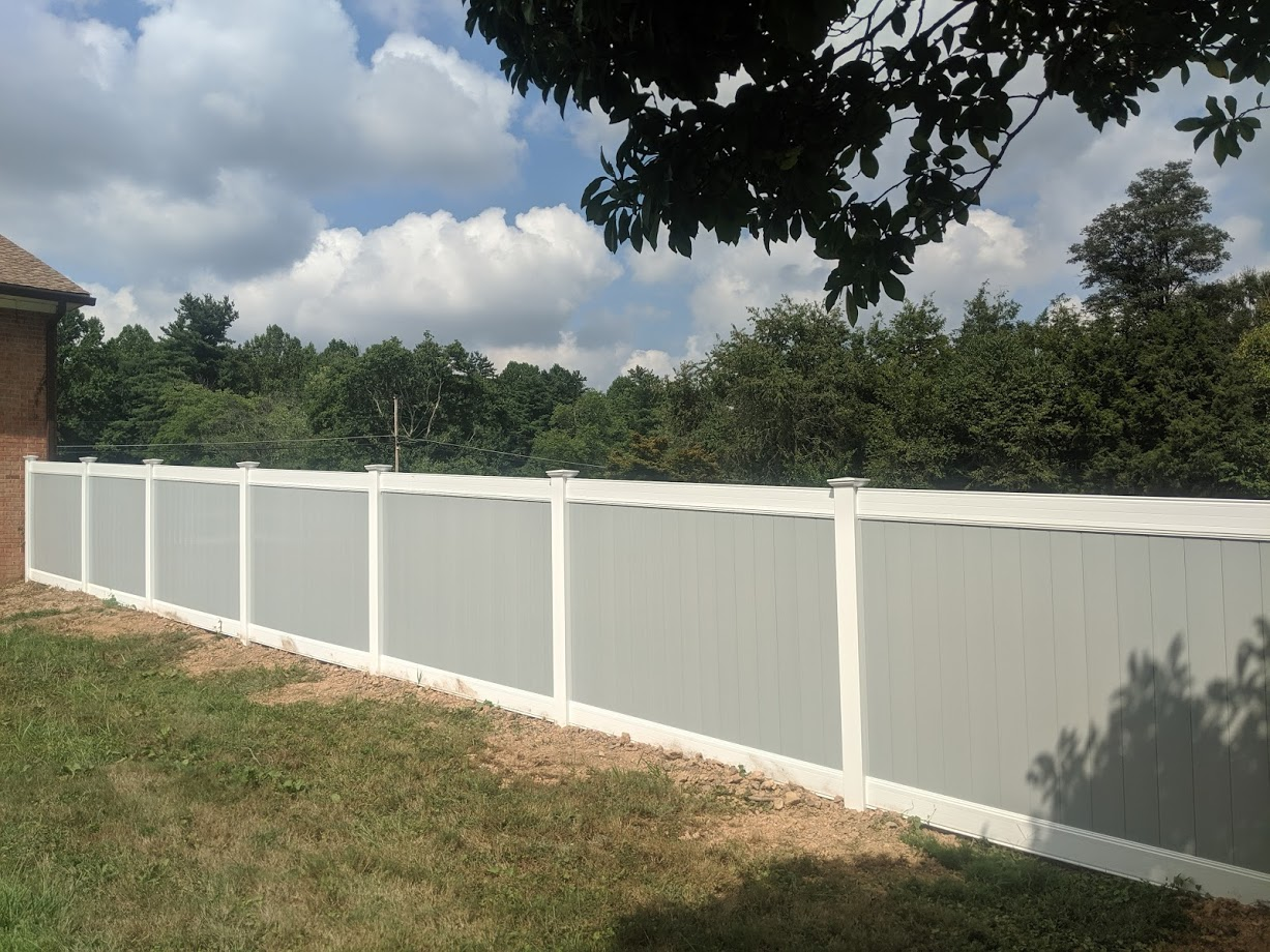 Gray White Vinyl Fence Upper Marlboro2