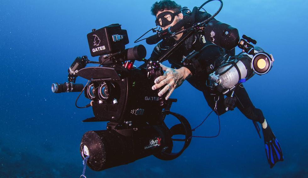 Jon Shaw ACS filming underwater