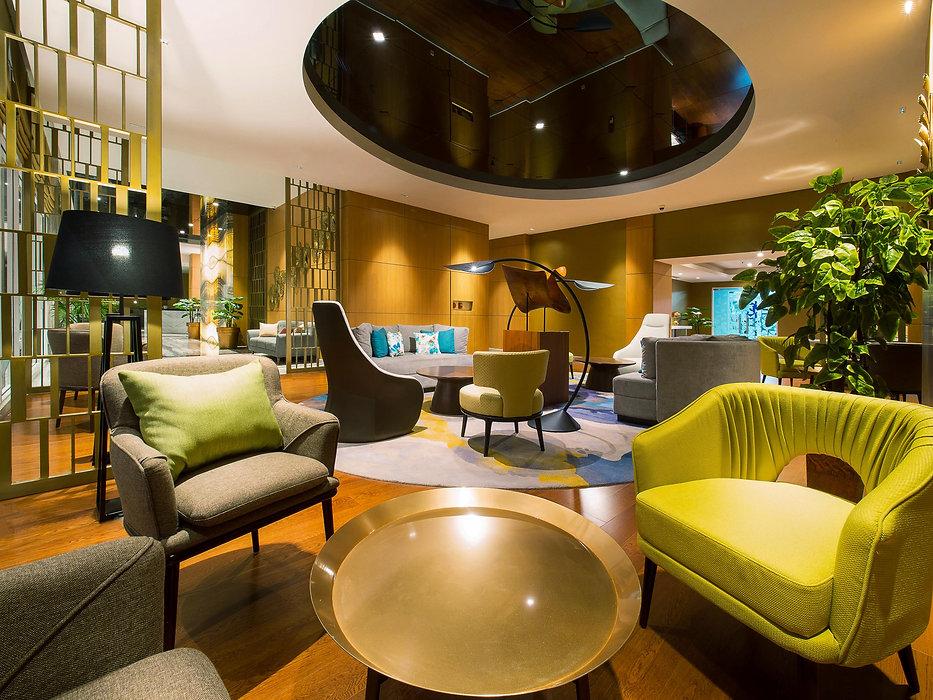 Gran Madison Lounge -1.jpg
