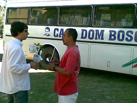 Casa Dom Bosco, plantio Arvores.