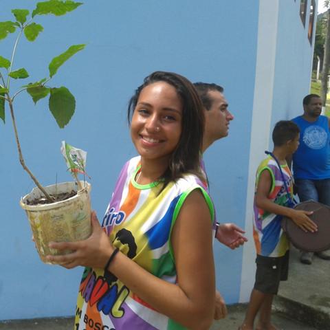Casa de Recuperação Dom Bosco - Plantio Reflorestar é Viver-carnaval_2016_070.jpg