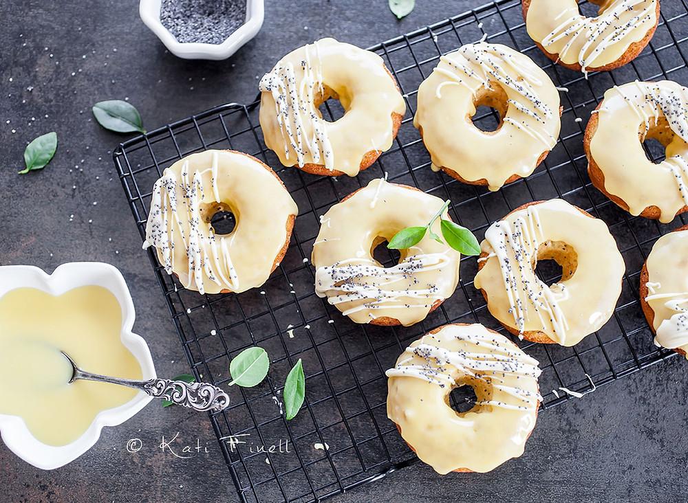 Sitruuna-unikonsiemen donitsit