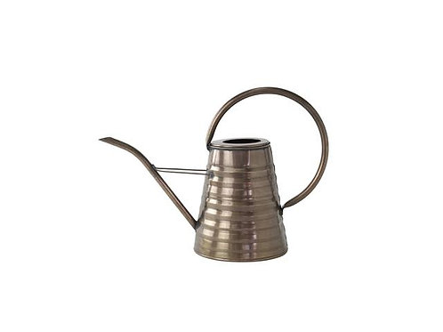 CLASSICAL WATERING CAN