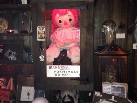 Les plus grandes possessions de l'histoire, Annabelle, la poupée maléfique - Experts-Voyance