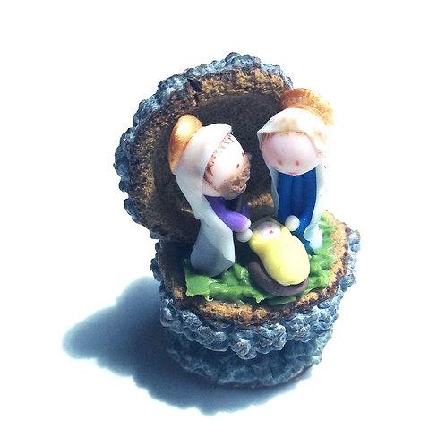 Nativity on Eucalyptus acorn
