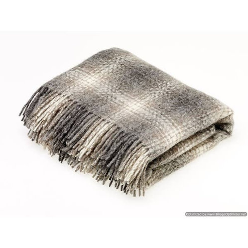 Wool Ombre Brown Throw