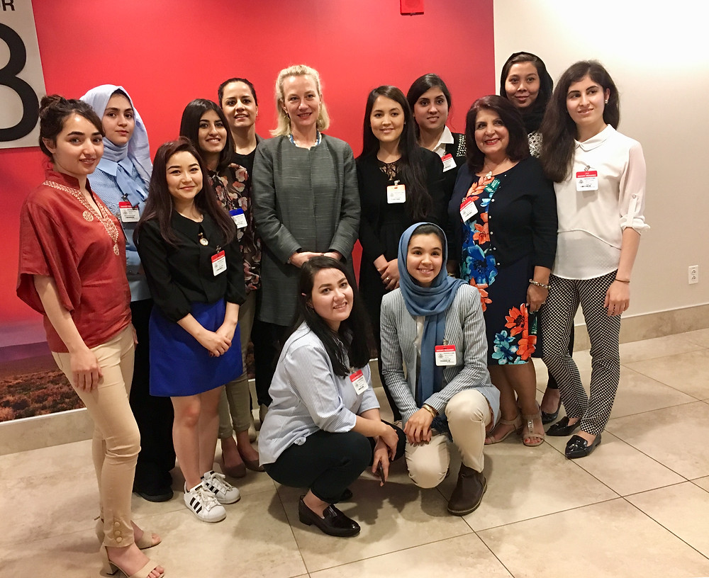 Ambassador Alice Wells with members of the classes of 2018 - 2021