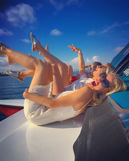 Synchronized Swimming Trials _3_#lifeshouldbeadream #boat #adventures #girls #silliness #water #love