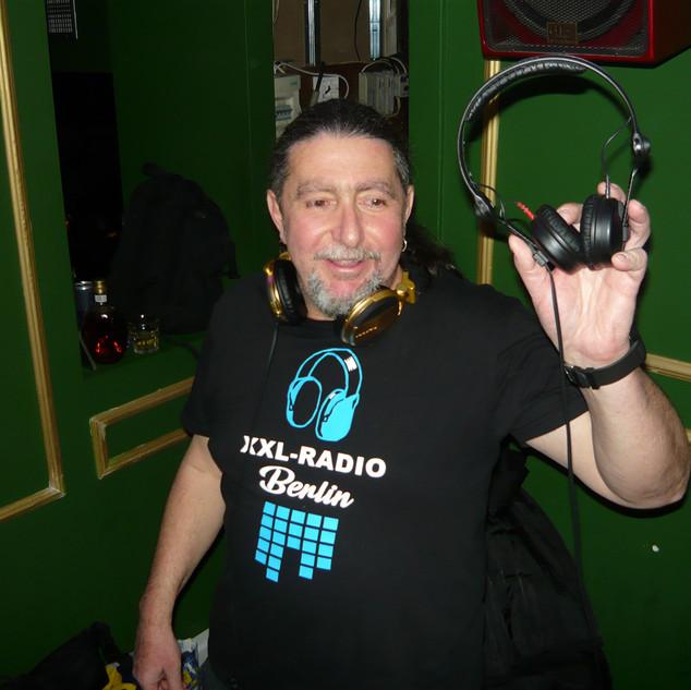 DJ MIKE-P