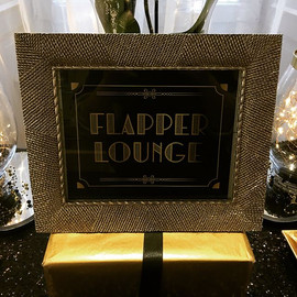 Details of The Flapper Lounge 🥂🖤 #rock