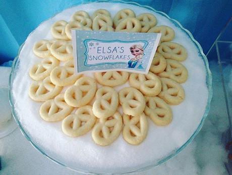 Frozen❄️ birthday party Elsa's snowflake