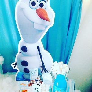 Do you want to build a snowman_ ❄️⛄️#ola
