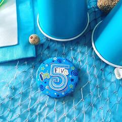 I'm 5 birthday girl badge 🐳🐬👍🏻 #iam5