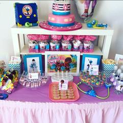 Doc McStuffins birthday party buffet set