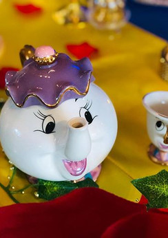 Mrs. Potts & Chip🌹 Beauty and The Beast