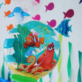 A floating moving 3D mural #nemoanddory