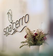 Spa Cerro Signage