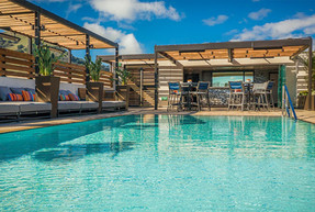 Hotel Cerro Rooftop Pool Deck