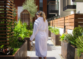 Hotel Cerro Girl in Robe