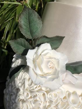 Sugar Flower White With Leaves.jpg