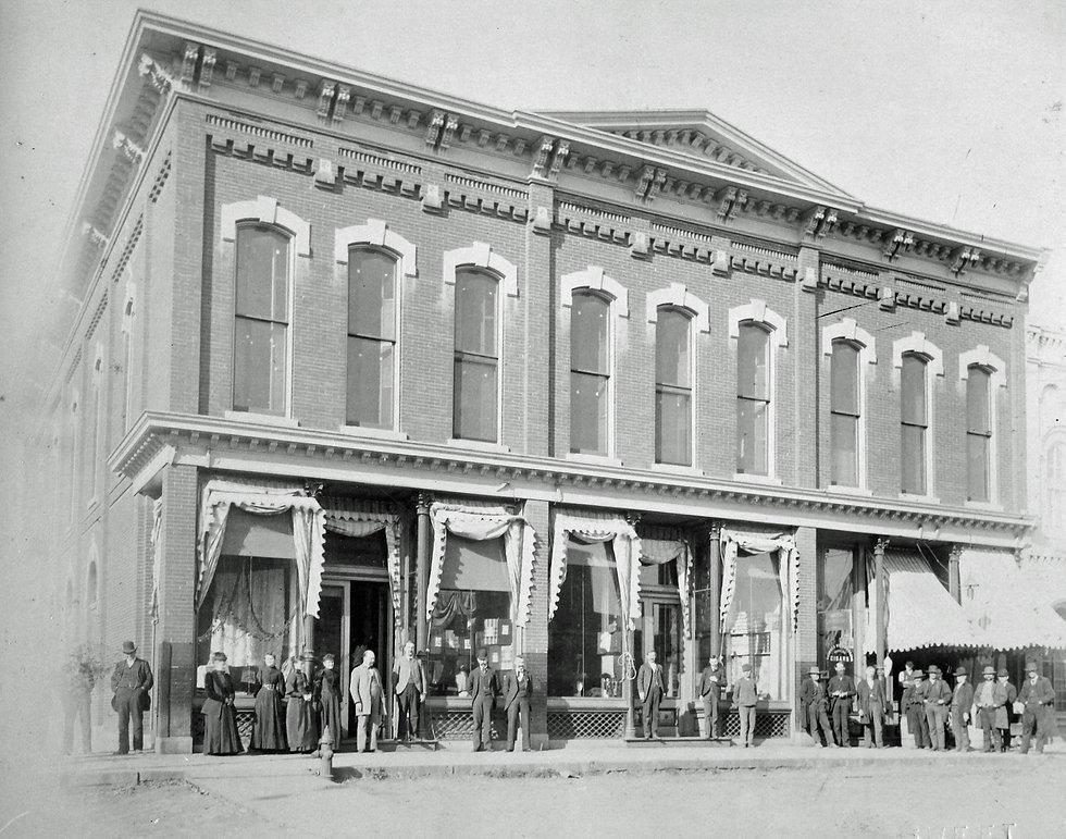 1914_before Robbins.jpg