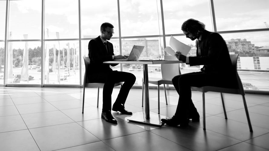 Errores y Riesgos al contratar Servicios Profesionales
