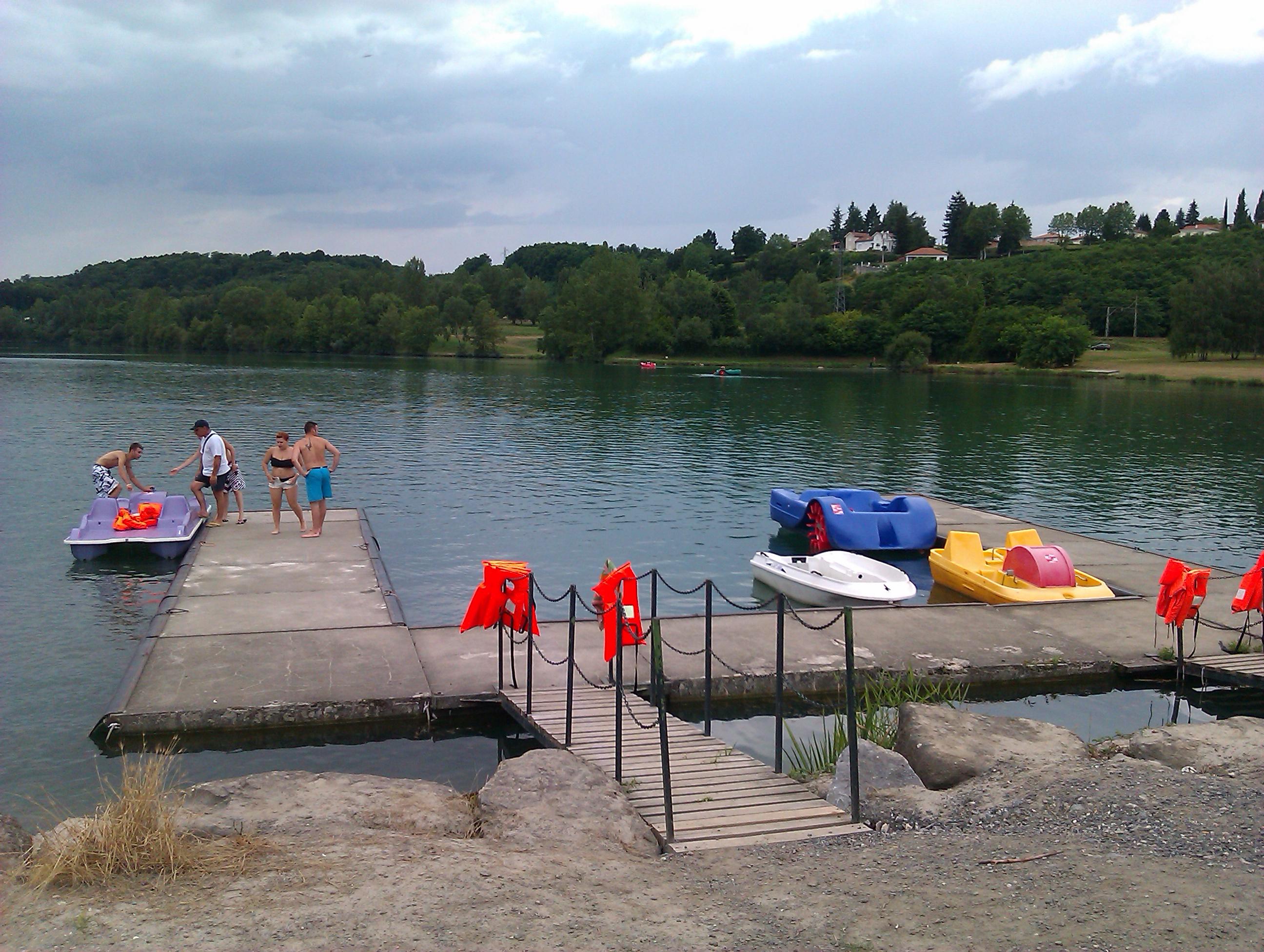 Lac de Montréjeau & Pédalos