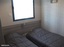 Chambre twin (deux lits)