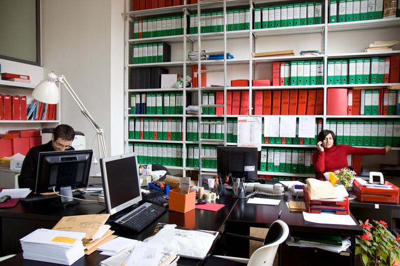 I pochi dipendenti rimasti in ufficio