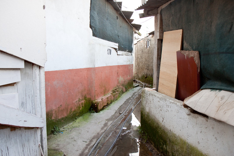Santa Marta de Corroios, uno dei ghetti della periferia Lisbona