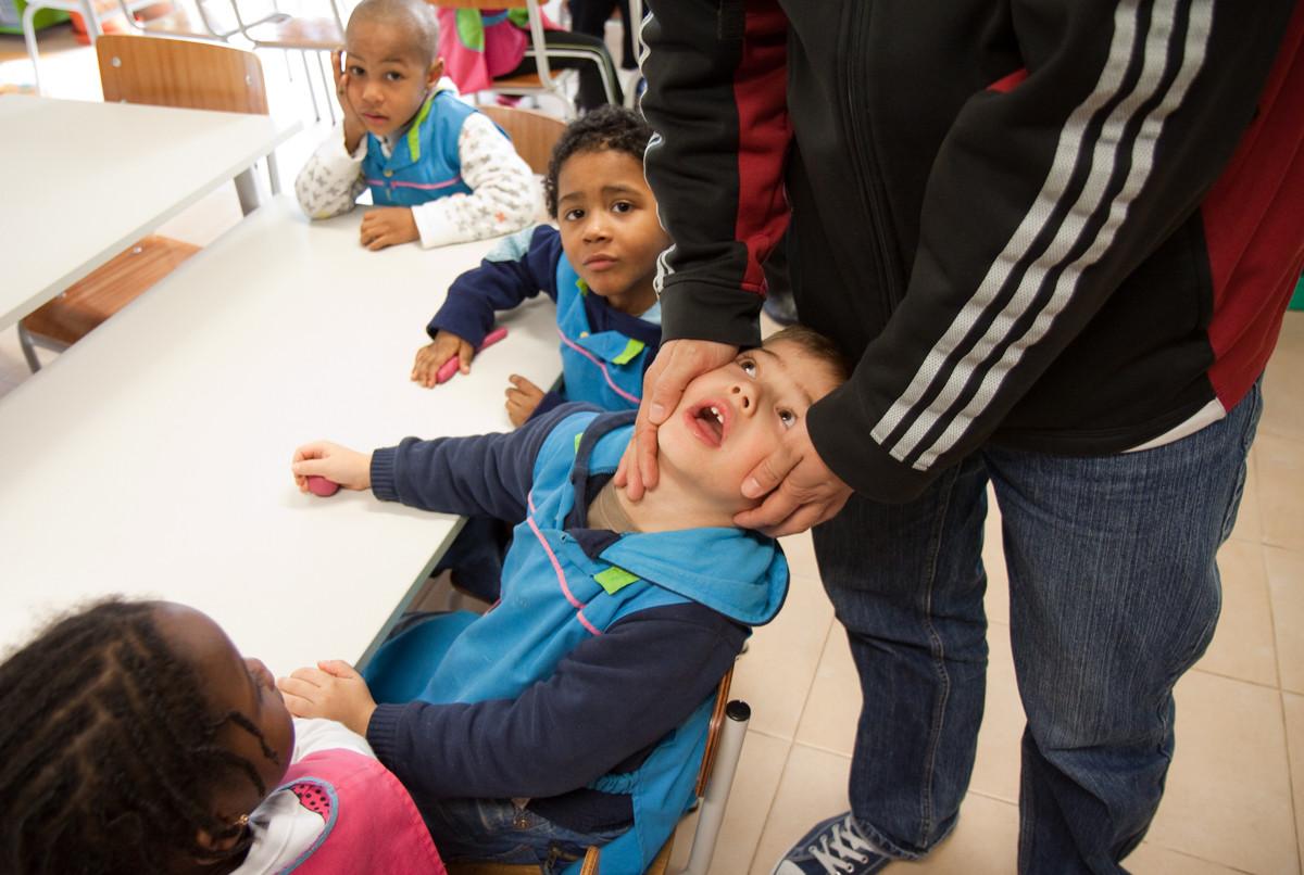 L'asilo infantile (scuola materna) nel ghetto, zona Santa Marta de Corroios