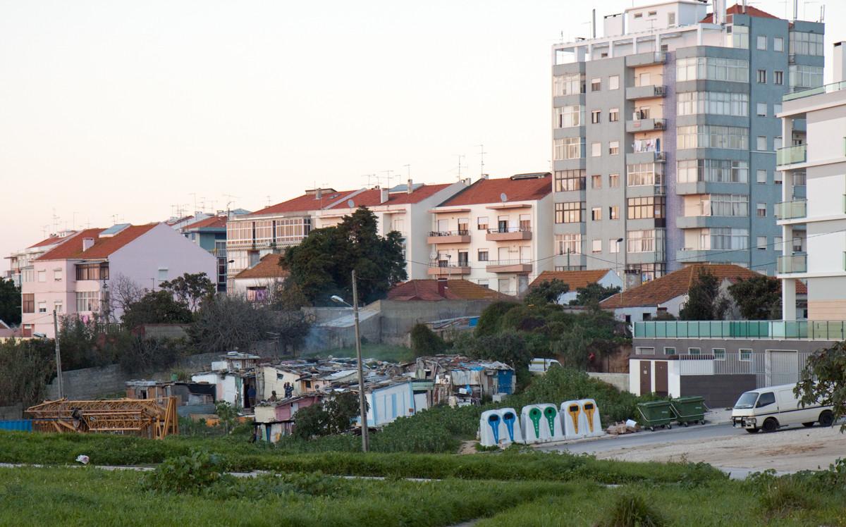 Quinta da Princesa è uno dei quartieri Africani più grande e antica, problematica della zona.
