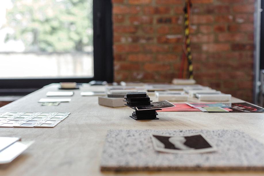 Non Places - Shiri Rozenberg - Installat