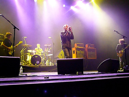 The Jesus and Mary Chain sue Warner over copyright infringement.