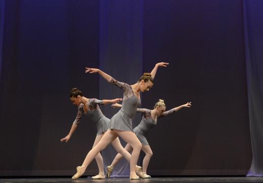 2017 AADC Recital 2 1522_edited.jpg