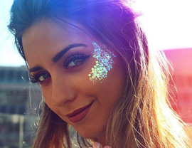glitter face make image 1.jpg