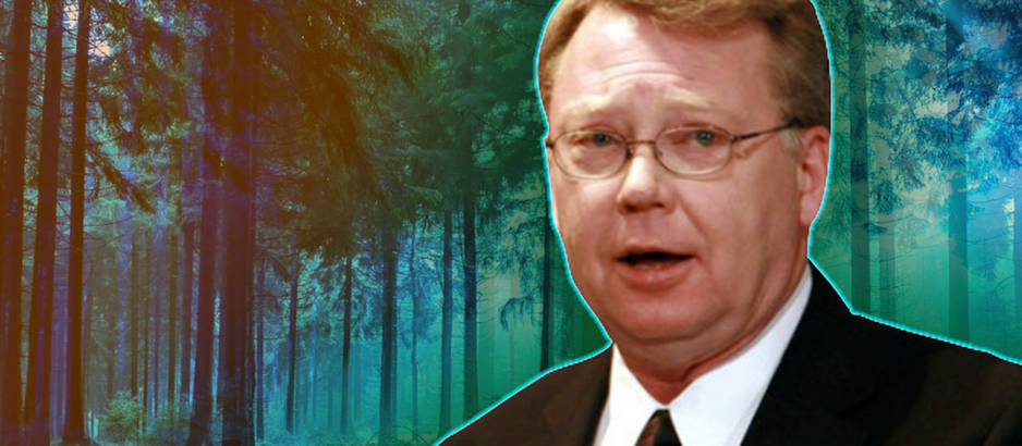 Retired USAF Supervisor Tells All: 'UFO Lands' In UK Forest in 1980