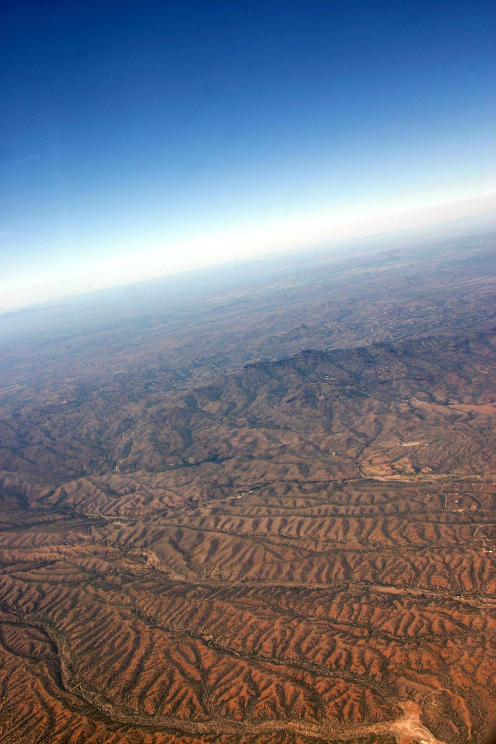 Borderlands, Newscom