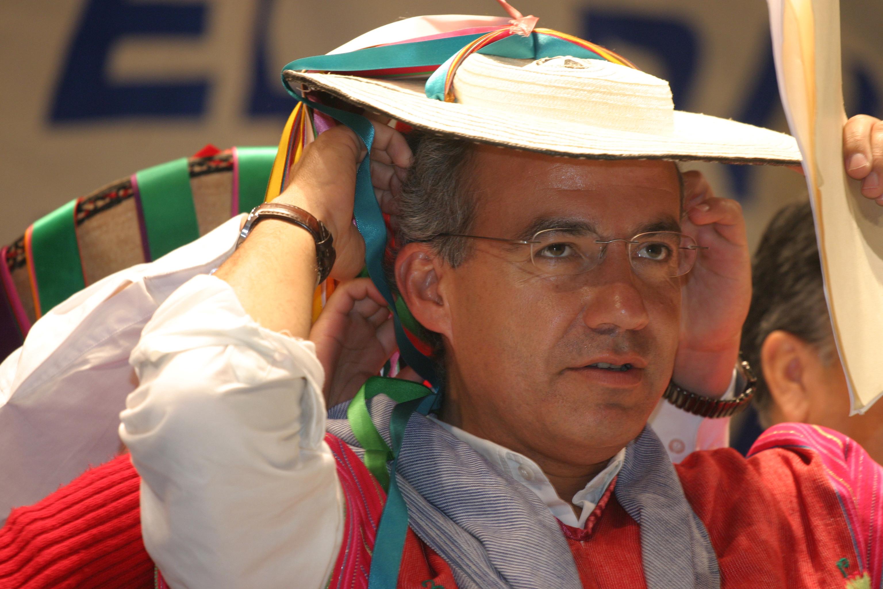Calderon-elections, Newscom