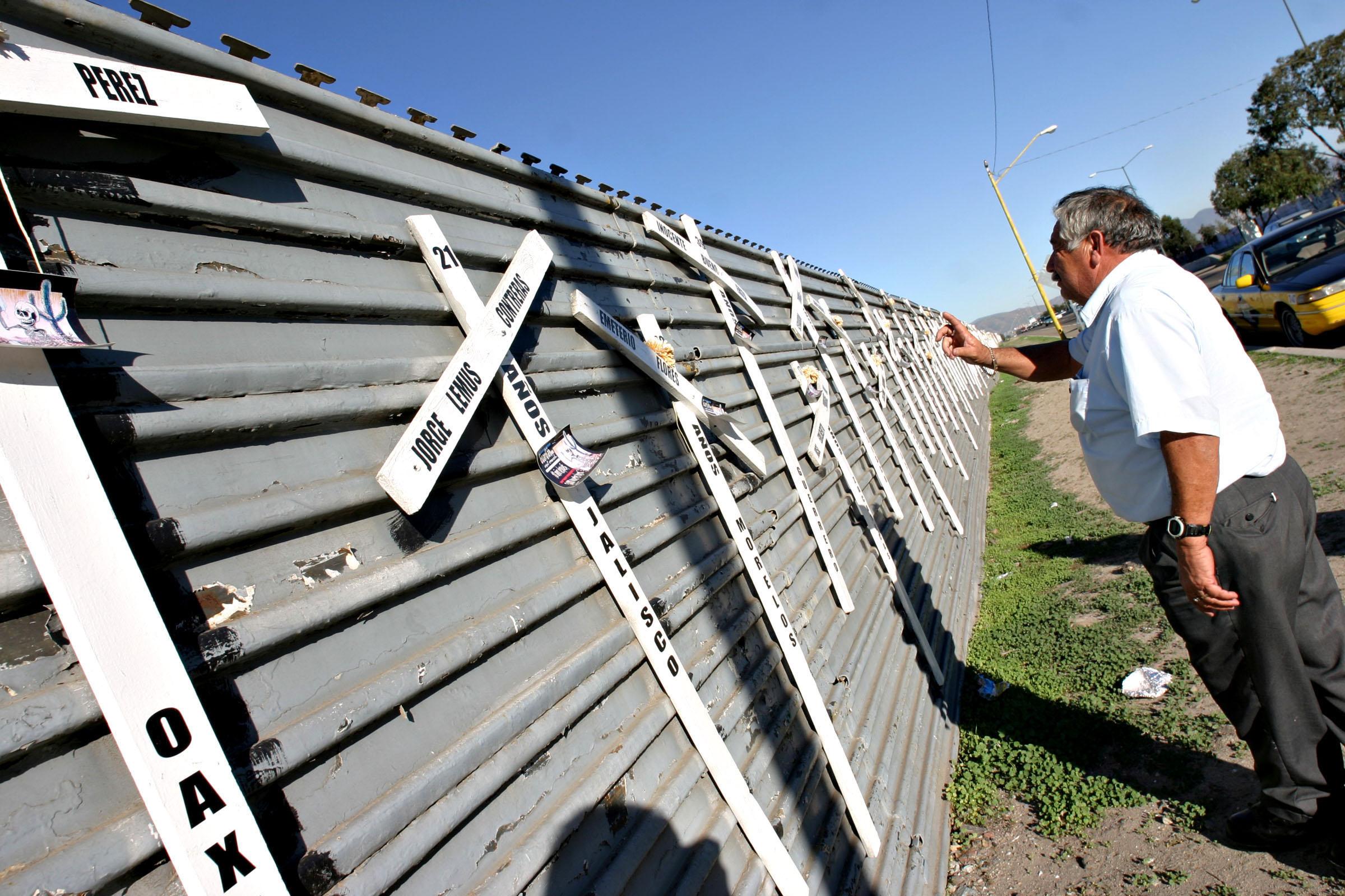 Migrants, Tribune News Service